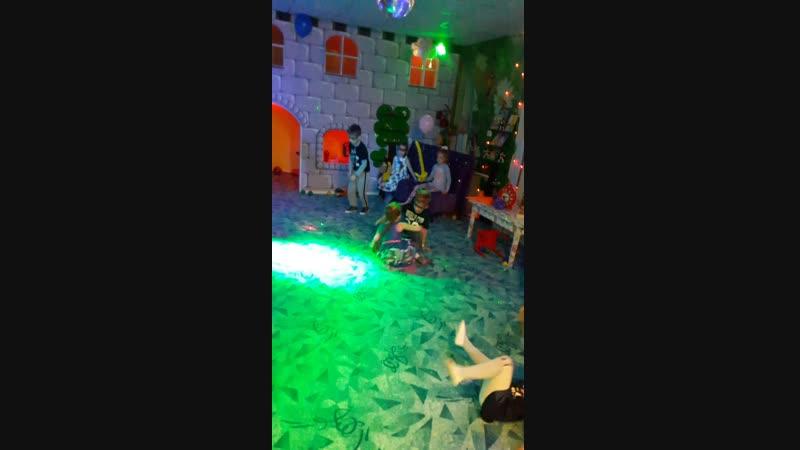 Супер пупер танцы от деток