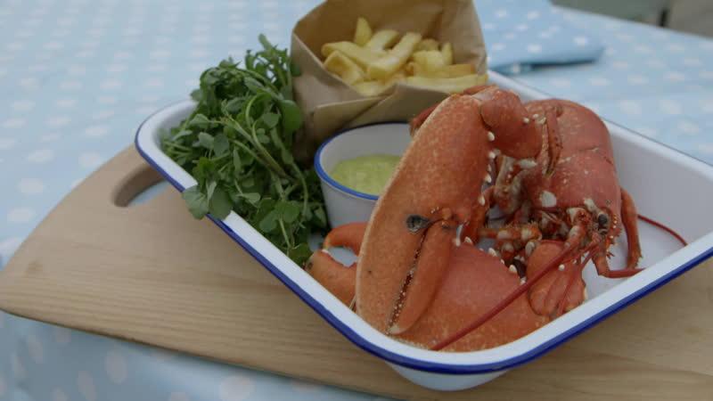 Каждый день в 2300 смотрите программу «Прибрежная кухня с Рейчел»