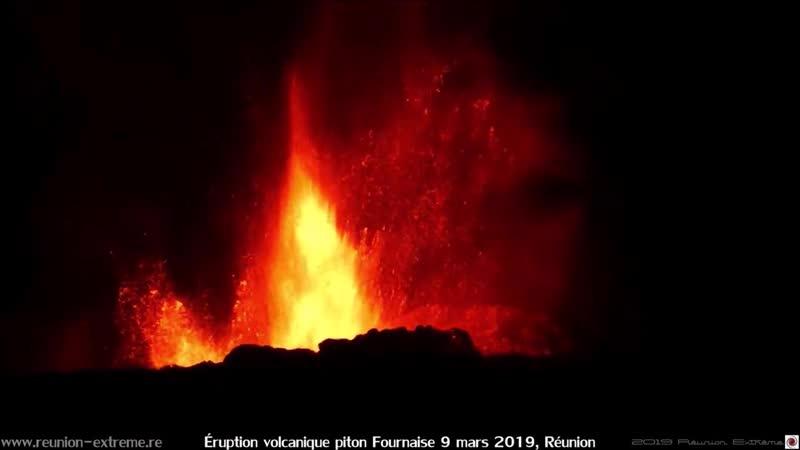 Éruption volcanique piton Fournaise - 9 mars 2019 - Réunion.mp4