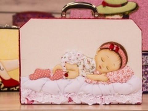 Patchwork Embutido em Caixa de Bebê
