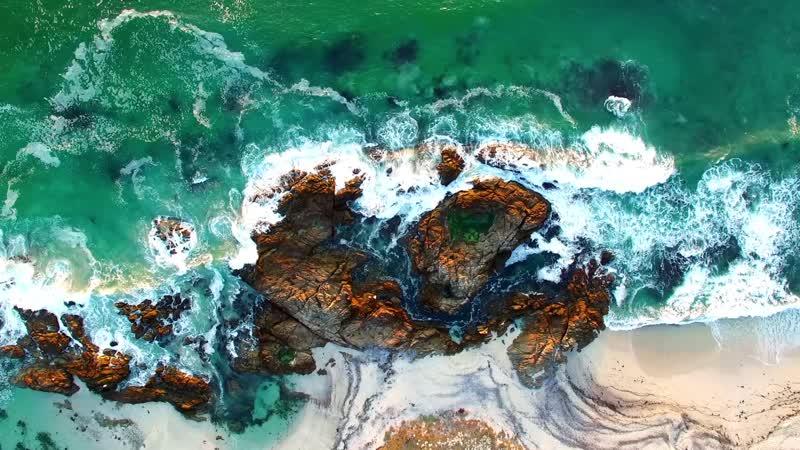 Скалистый морской берег Rocky sea shore