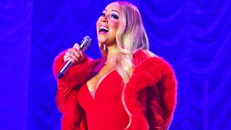 Mariah Carey - Christmas Time Is In The Air Again Live In Nottingham (9th Dec. 2018)