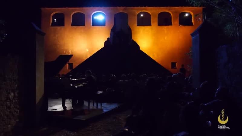 Фортепианные концерты в Паттайе на музыкальной вилле Eelswamp