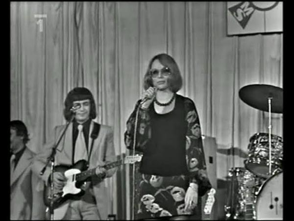 Naďa Urbánková Country Beat - Svatební průvod (1973)