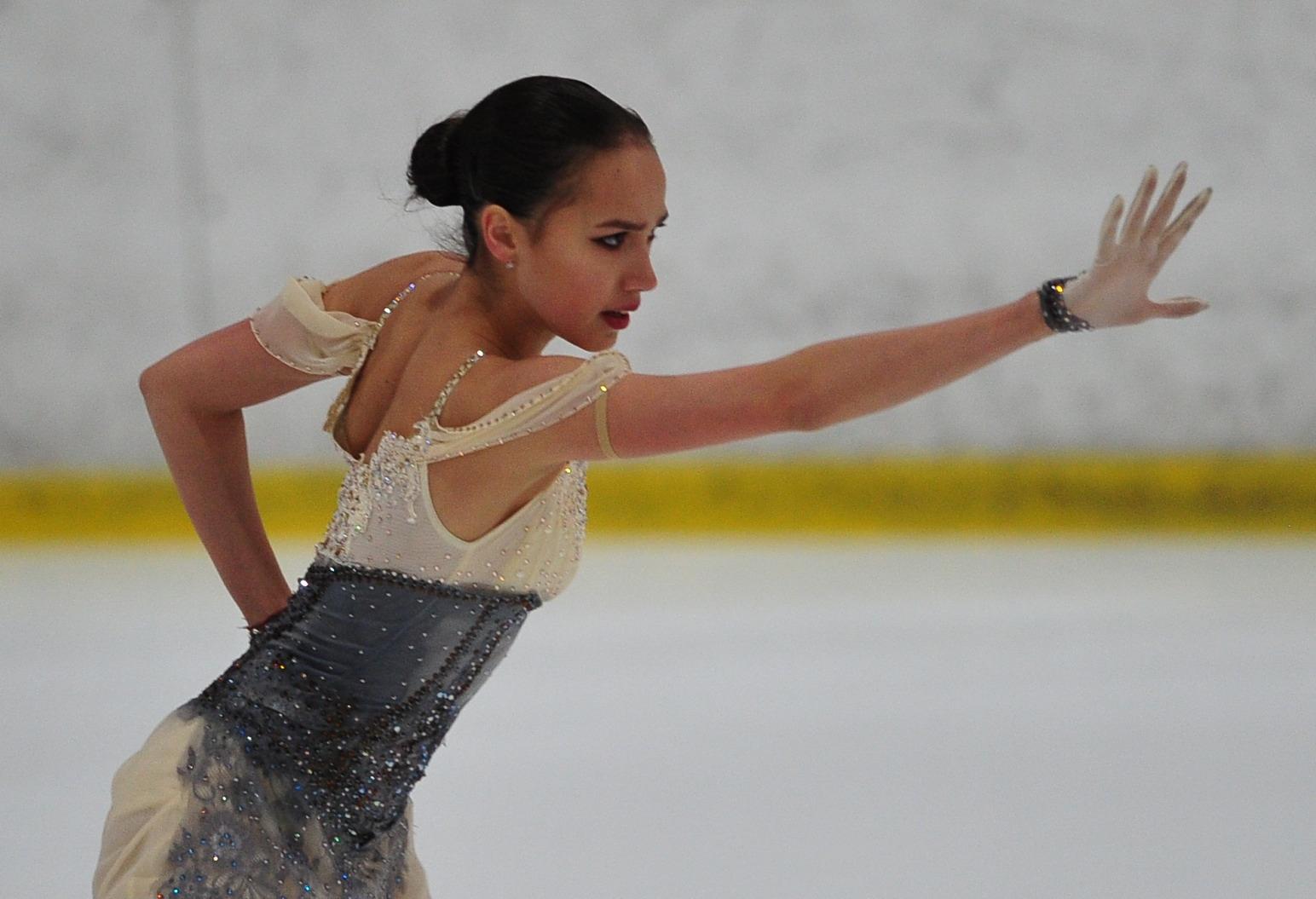 Алина Ильназовна Загитова-2 | Олимпийская чемпионка - Страница 6 A7K09_upd-A
