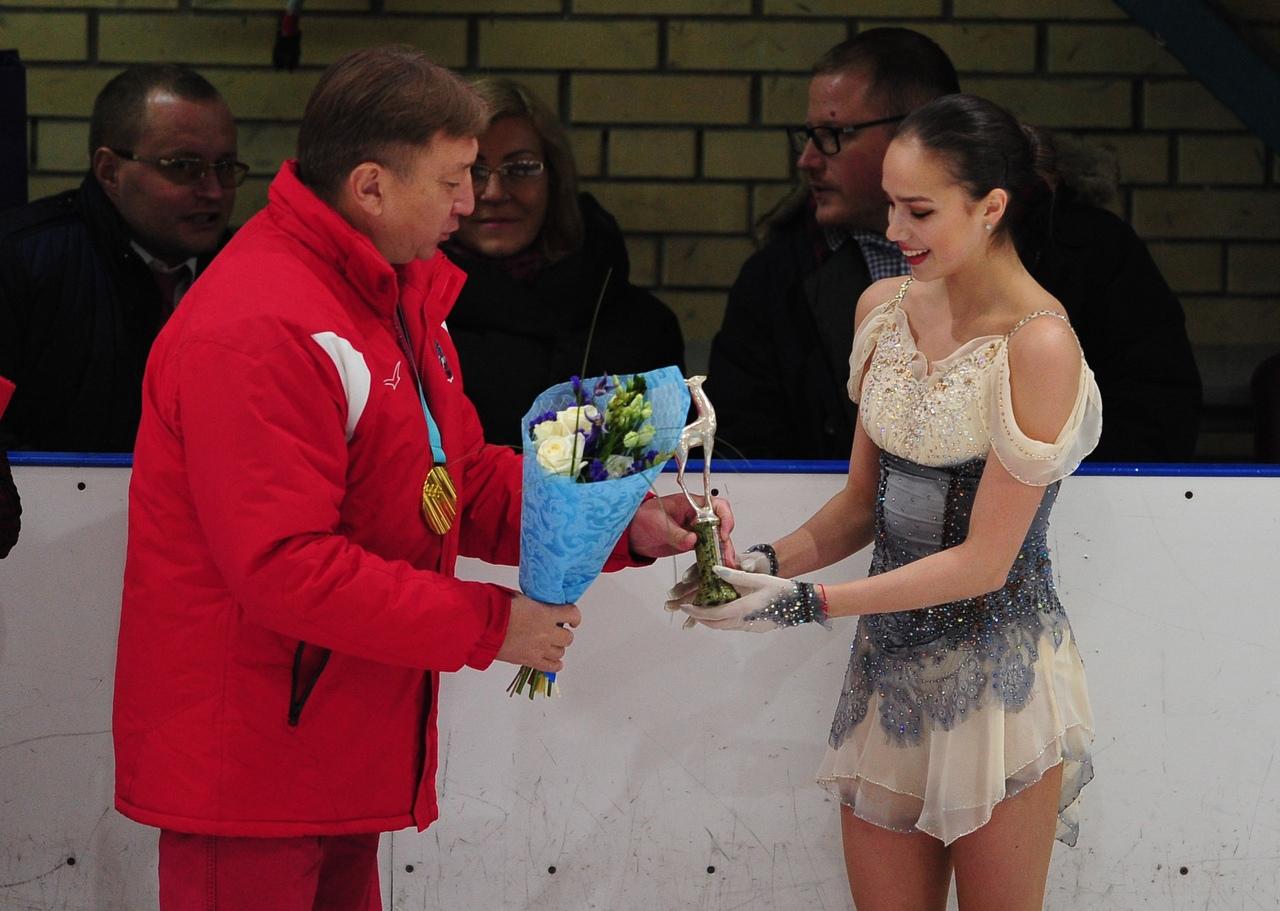 Алина Ильназовна Загитова-2 | Олимпийская чемпионка - Страница 5 _v2k7CfjfDQ