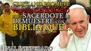 Cristiano en el Templo Promete Volverse Católico si el Sacerdote le Demuestre con la BIBLIA QUE