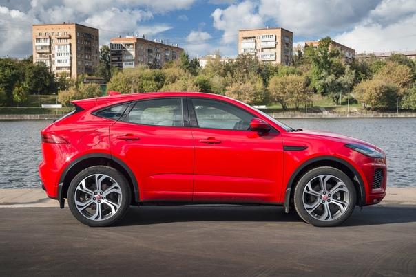 Кроссовер — не приговор. Тест Jaguar E-Pace против Volvo XC40. Хорошо упакованный премиум-кроссовер как способ сгладить автомобильную зрелость. Работает лиСегодня ты рассекаешь на эгоистичном