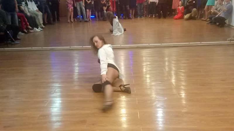 Strip dance от Жанны Демидовой