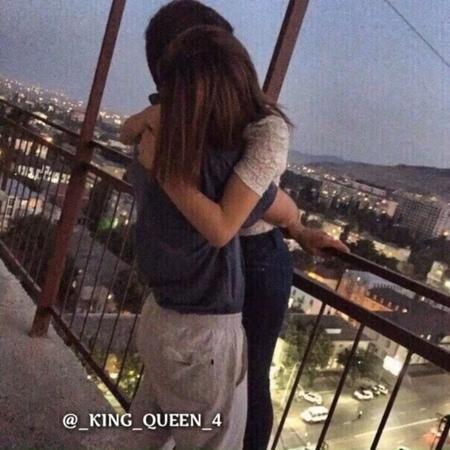 King queen 4 on Instagram: @ king queen 4 Егерде видео алып жатсаңыздар бізді белгілеуді ұмытпаңыздар казахстан