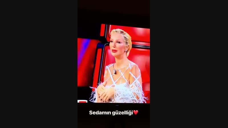 Видео обновления от Хадисе. Hadise  O Ses Türkiye