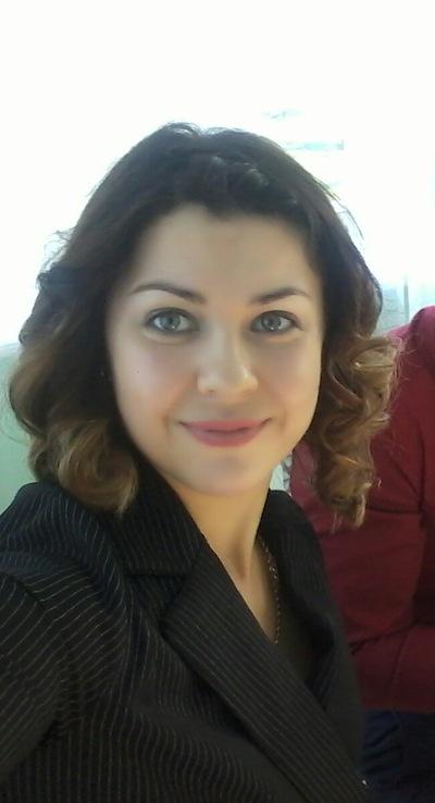 Оля Макарова
