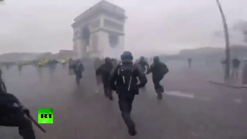 French police bodycam Yellow Vests protest turns violent in Paris