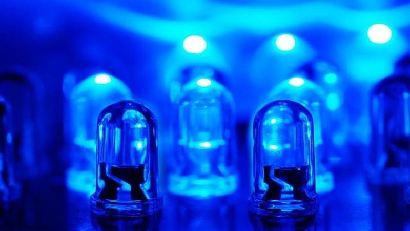 Как синие светодиоды ИЗМЕНИЛИ МИР