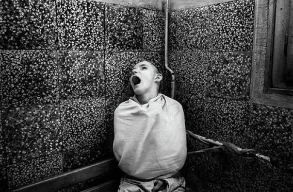 6 психических расстройств, каждое из которых случается только в одном месте на Земле Мы привыкли считать, что сумасшествие — феномен универсальный. Где бы вы ни жили, вы всего лишь человек с