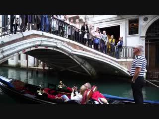 Над каналами Венеции звучит Ах ты, степь широкая. Хор музыкальной школы 4 г. Петропавловск-Камчатский.