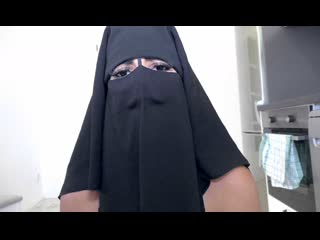 Sexwithmuslims - chloe lamour - muslim wife gets piss and anal treatment [mature,восточное,турецкое,порно,на камеру,арабское]