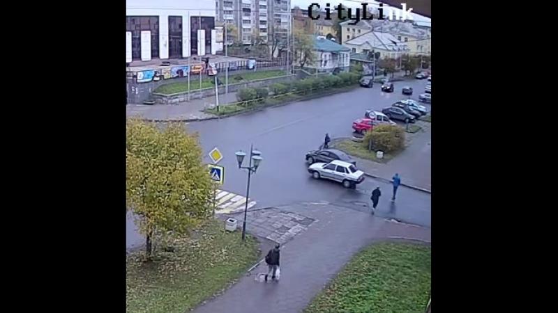 Proletarskaya_ul_-_M_Gorkogo_ul_s_Moy_Dom_12-10-2018_13_04-13_09_9972