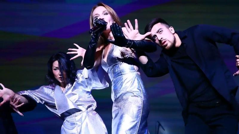 Альбина Джанабаева - Хочешь (Live, Удачные песни)
