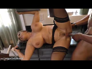 C:\yourluvfolder\Blacks On Cougars\Amber Lynn Bach