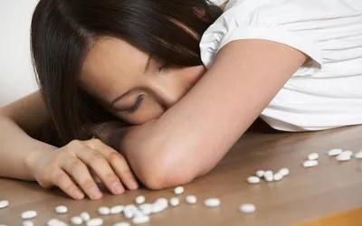 Передозировка наркотиков может быть случайной или преднамеренной.