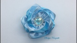 Украшение на резинку Канзаши Бело-голубые цветочки