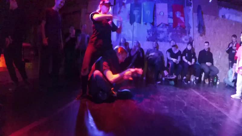 Queen Nlight VS Сашок | Magic Step