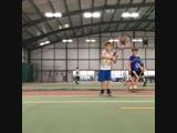 En el club de tenis de Canterbury encontramos al peque