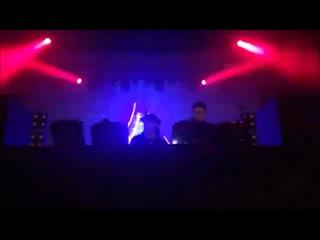 Skrillex и Boys Noize на музыкальном фестивале в Новом Орлеане включили ремикс песни IC3PEAK