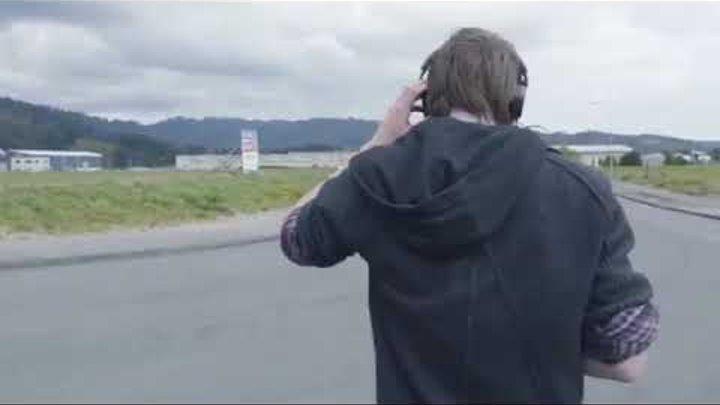 Квадрокоптер ограбил парня