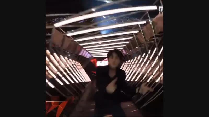 """JIN DANCING TO BLACKPINK'S """"DDU-DU DDU-DU"""""""