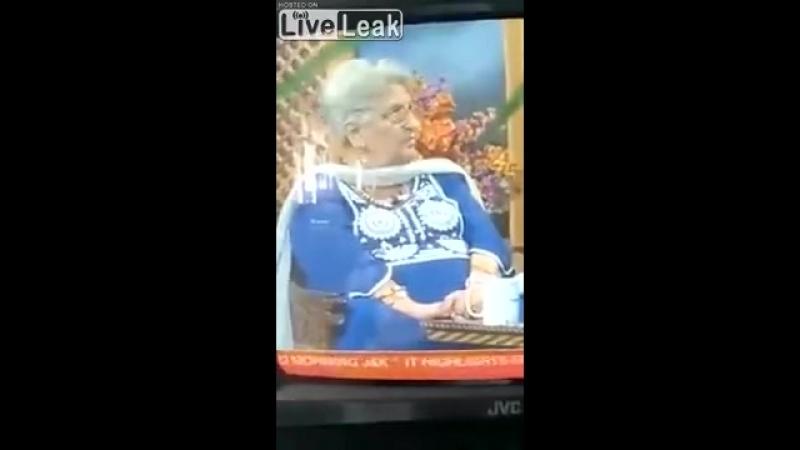 Бывшая секретарь министерства Индии скончалась во время прямого эфира