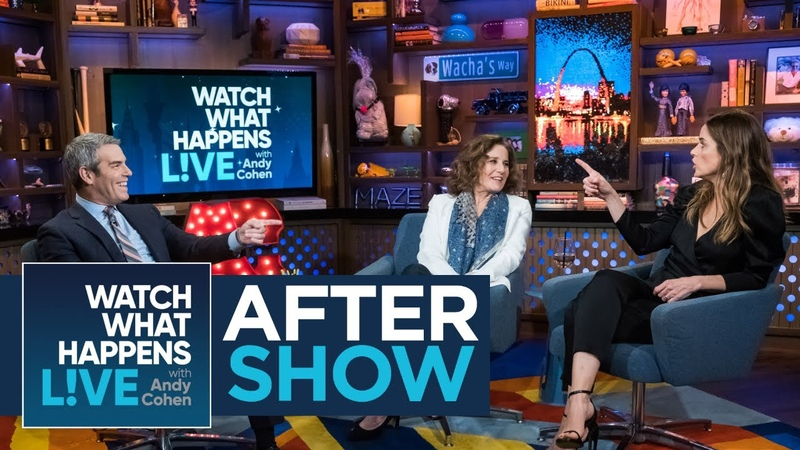 After Show: Amanda Peet Rates Ashton Kutcher's Kissing | WWHL