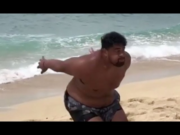 336-pound Wisconsin player can do a standing backflip