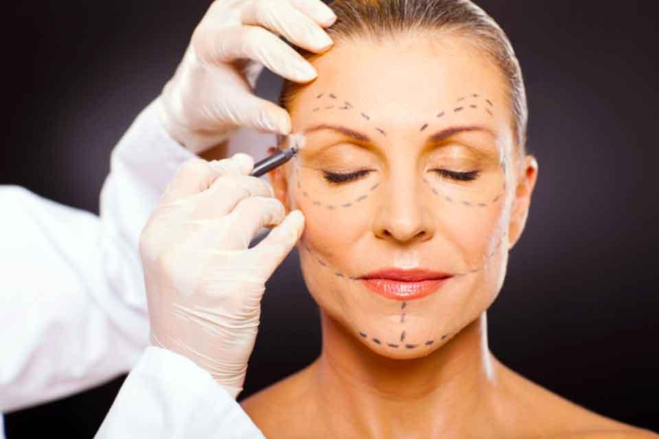 Каковы различные процедуры пластической хирургии?
