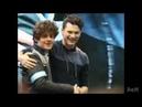 Брайан Декарт и Петр Коврижных встретились | 3 версии съемки крупный план обнимашек