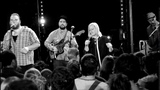 Quantic &amp Alice Russell with the Combo Barbaro - Pushin' On (Live)