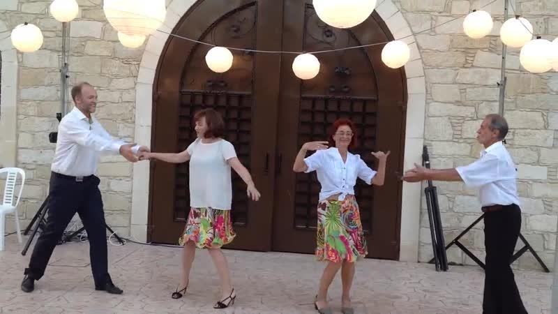 Танец-сюрприз родителей на свадьбе