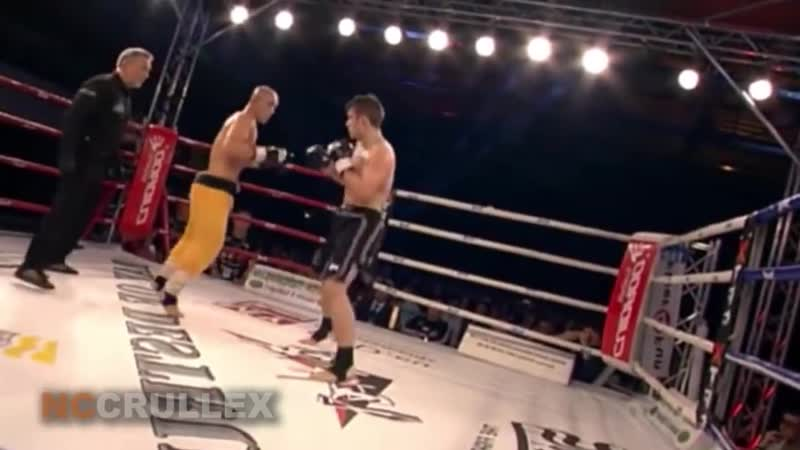 KungFu Monk vs Kickboxers - Dont Mess With Kung Fu Masters (1)
