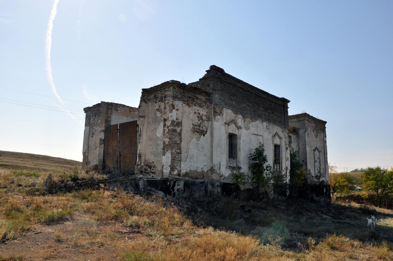Прогулки по Таганрогу и покатушки в дебри