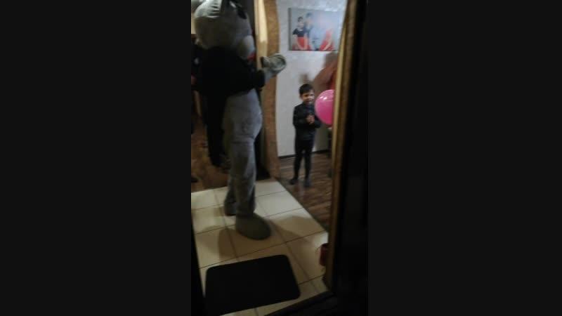 19.01.19 Мишка Тедди поздравлял Александру с днем рождения, 8 лет 👏👏👏