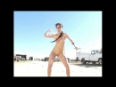 второй Сексуальный и очень эротический клип Людям со слабыми нервами просьба моя большая лучше не смотреть его вообще Но