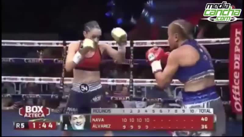 Jackie Nava noquea a Fiera Álvarez y es nueva campeona mundial