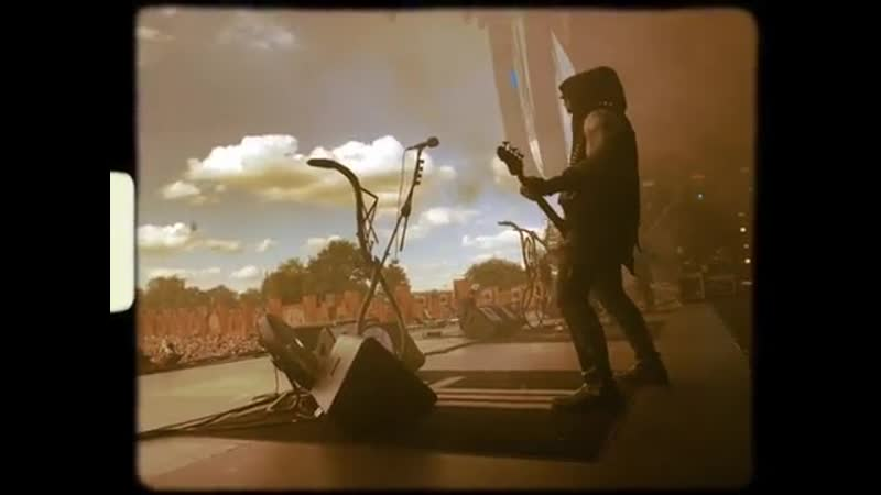 The beginning of the show at Knotfest meets Hellfest 2019