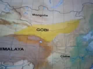 Le  désert  de  Gobi  . Une  civilisation  vitrifié  par  un  bombardement  atomique