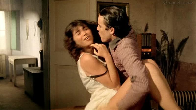 сексуальное насилие(изнасилование, rape) из фильма: La casa dalle finestre che ridono - 1976 год, Франческа Марчано