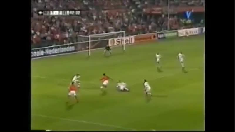 Эдгар Давидс против сборной Бельгии
