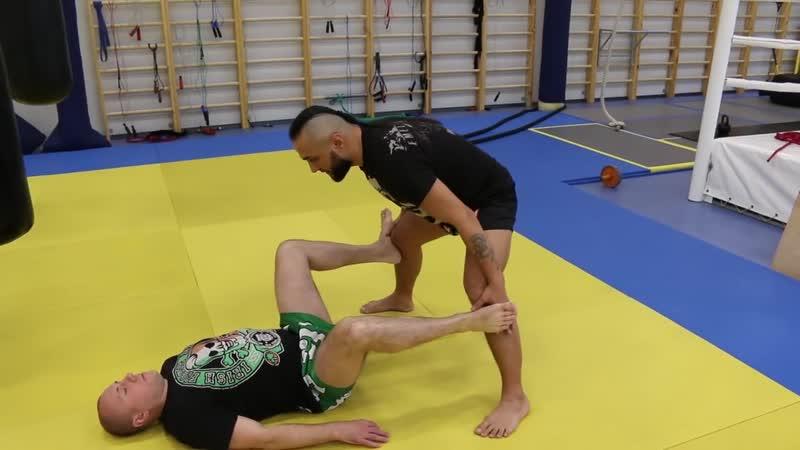 SLs Растяжка в единоборствах с Анваром Абдуллаевым — упражнения на растяжку и гибкос