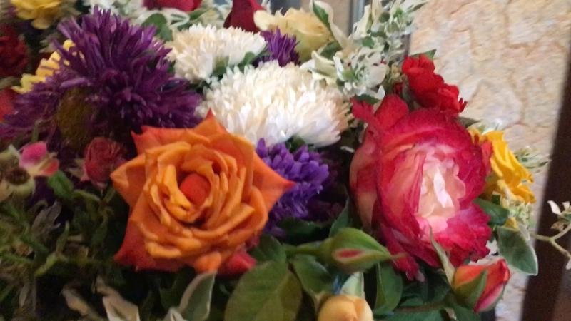 Букет 💐 для любимой свекрови.. цветник у свата обнищал 😁💐💐💐