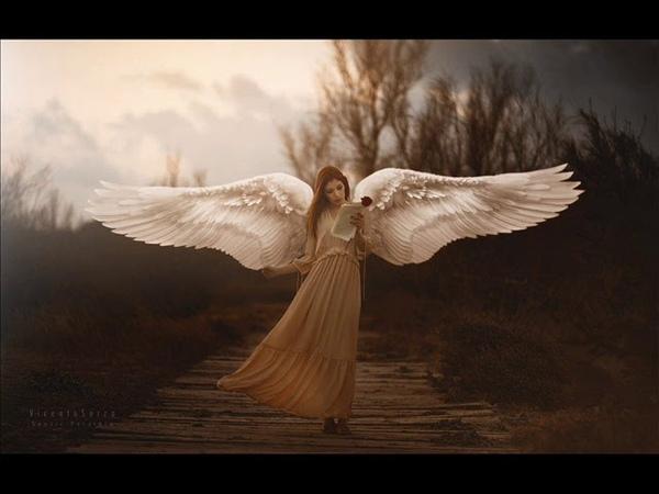 Евгения Венлиг. Ангел (стихи Н. Ерёмина, муз. Е. Венлиг).